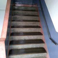 アパートの共用階段部分の石材コーティング(中野区)