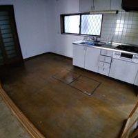 リフォーム中の戸建ての床のコーティング(埼玉)